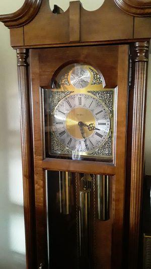 Colonial Tempus Fugit Grandfather Clock for Sale in Mountlake Terrace, WA