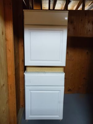 2 Lower kitchen cabnets for Sale in Castro Valley, CA