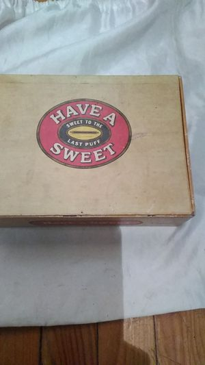 Antique cigar box for Sale in McGehee, AR