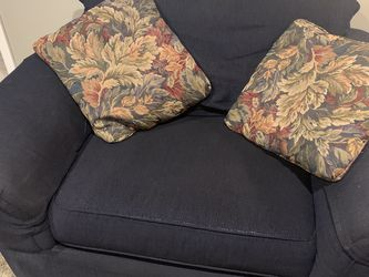 Loveseat and couch set - dark blue for Sale in Wayne,  NJ