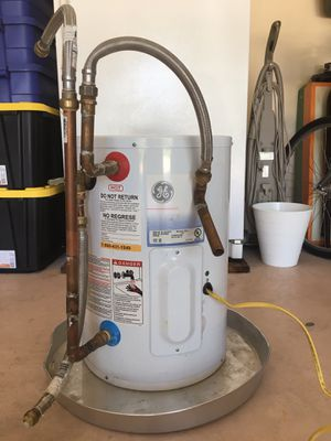 10 Gallon GE Water Heater for Sale in West Palm Beach, FL