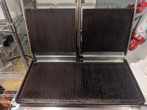 Sodir dual top panini press for Sale in Oakland, CA