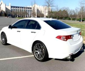 Price$14OO Acura TSX 2O13 for Sale in Flowery Branch, GA