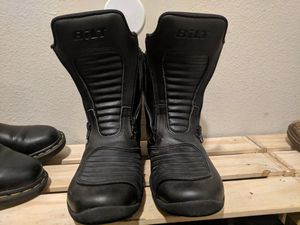 Motorcycle waterproof boots - W Size 7 for Sale in Portland, OR