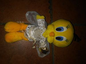 Collectible Angel Warner Bros Tweety Bird plush toy for Sale in Hawthorne, CA
