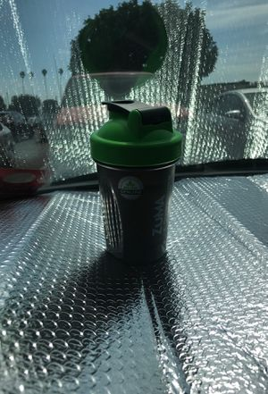 20. Oz blender bottle new for Sale in Garden Grove, CA