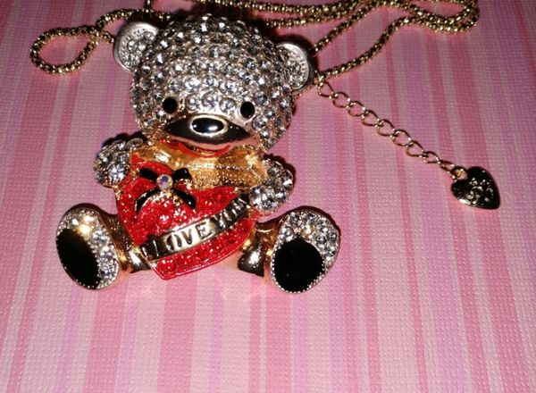 Nwt 3D Betsey Johnson Crystal Teddy Bear Necklace