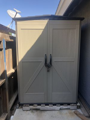 Rubbermaid shed for Sale in Palmdale, CA