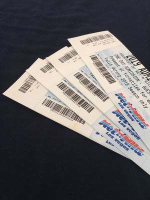 Wet and wild tickets for Sale in Las Vegas, NV