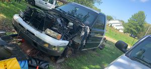 2006 Chevy Silverado parts truck for Sale in Eastlake, OH