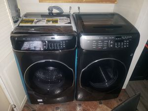 Samsung Flex Smart Washer and Gas Dryer Set (black stainless steel ) for Sale in El Segundo, CA
