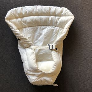 Ergobaby Infant Insert for Sale in Marina del Rey, CA