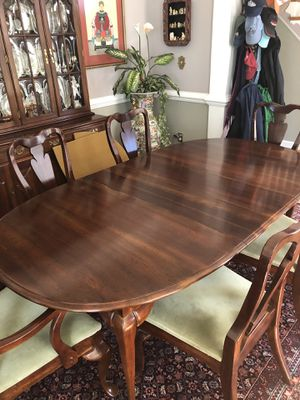 Dining Table & 6 Chairs for Sale in Yancey Mills, VA