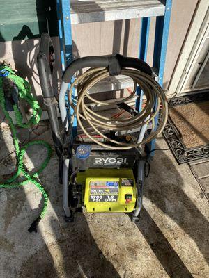 Pressure washer for Sale in Acampo, CA