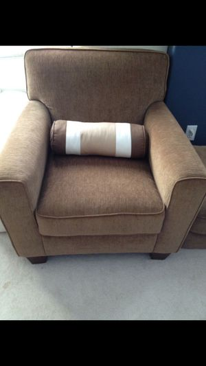 Sofa + Ottoman for Sale in Vancouver, WA