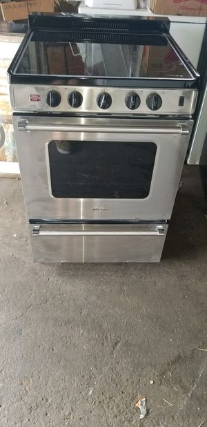 Whirlpool 24 inch electric stove brand new for Sale in San Diego, CA