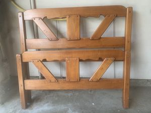 Vintage twin bed and bedroom set for Sale in Beaverton, OR