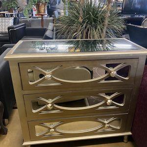3 Drawer Mirror Dresser for Sale in Phoenix, AZ