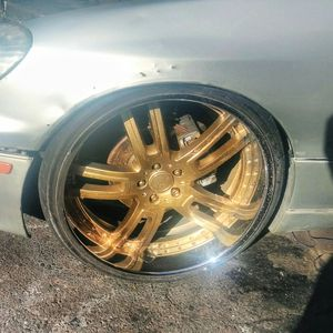 """SET OF 22"""" 2 Peice Rims (NO TIRES) for Sale in Los Angeles, CA"""