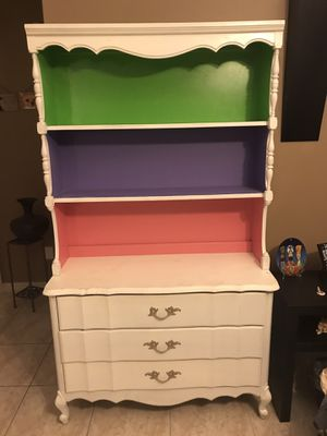 Bunk bed with full and twin mattress , wooden drawer. for Sale in Kissimmee, FL