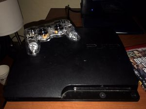 Ps3 slim with controller for Sale in North Miami Beach, FL