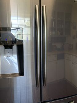 Samsung French Door Fridge for Sale in Riverside,  CA