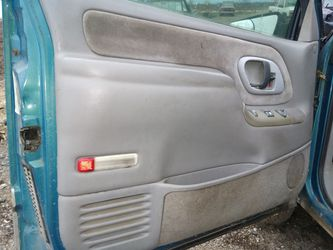 I got a set of good doors for a 1997 Chevy truck Tahoe or surburban all complete for Sale in San Antonio,  TX