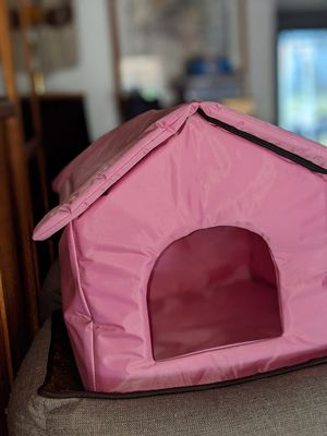 Dog house for on the go for Sale in Menifee, CA