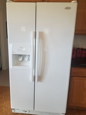 Whirlpool Conquest Refrigerator for Sale in Lakeside, AZ