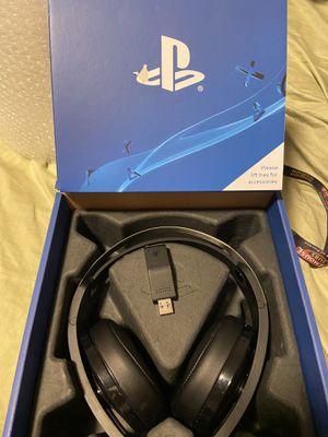 Platinum PlayStation 4 wireless headset for Sale in Murfreesboro, TN