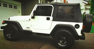 2003 Jeep Wrangler interior is flawless full maint for Sale in San Antonio, TX