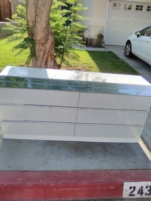 Dresser for Sale in US