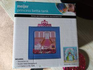 Meijer Princess Betta Tank for Sale in Detroit, MI