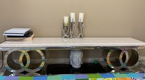 Console tv table for Sale in Hialeah Gardens, FL