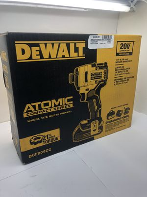 Dewalt 20v atomic Compact Series with 2 batteries and chgr for Sale in Sunrise, FL