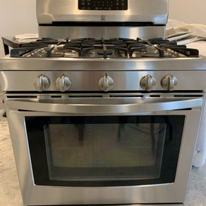 Gas Kenmore Stove for Sale in Yorba Linda, CA