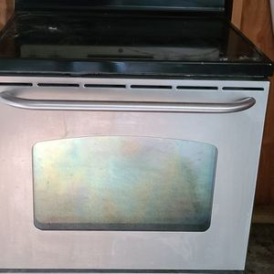 GE Electric Stove for Sale in Lake Wales, FL