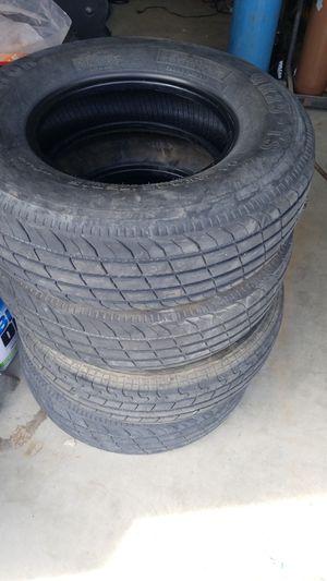 Trailer Tire 225 75 15 for Sale in Hesperia, CA