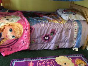 Frozen reversible bedding set for Sale in Duluth, GA