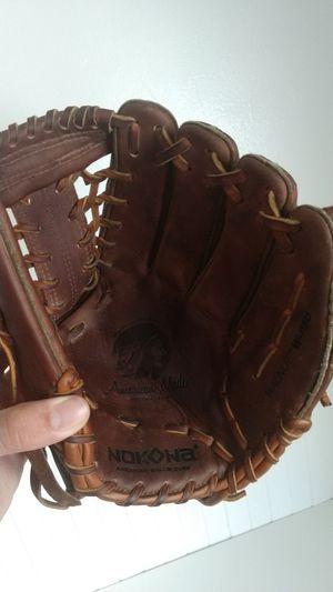 Nokona 11.5 Walnut baseball glove for Sale in San Diego, CA