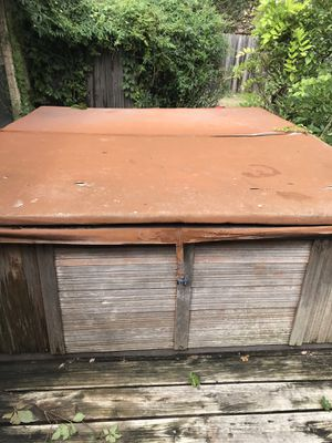 Hot tub for Sale in Denton, TX