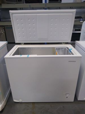 Insignia chest box freezer $39 down for Sale in Houston, TX