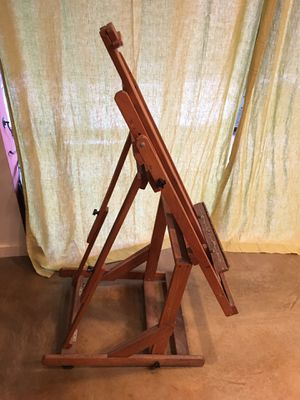 Wooden Adjustable Artist's Easel with 2 Casters for Sale in Bellevue, WA