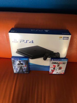 Selling PS4 for Sale in Wesley Chapel, FL