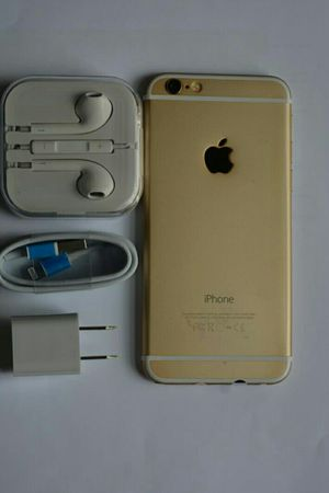 IPhone 6 , UNLOCKED (Excellent Condition / Functional / Clean ) for Sale in Springfield, VA