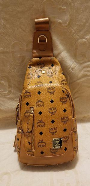 DESIGNER SHOULDER BAG for Sale in Warren, MI