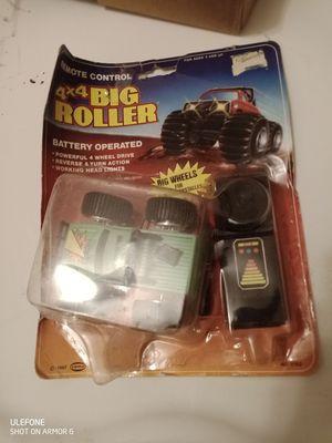 Big roller remote control 4*4 1987 for Sale in Westlake, MD