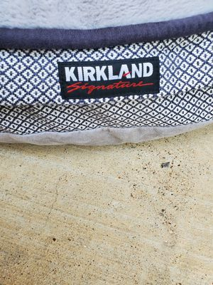 Kirkland signature dog bed for Sale in Saginaw, TX
