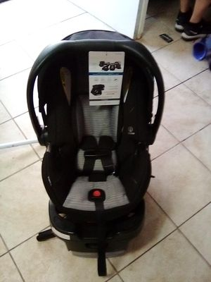 Britax car seat for Sale in Bakersfield, CA