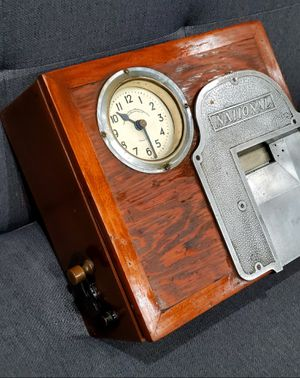 Antique Time Clock for Sale in Corona, CA